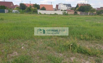 Predaj stavebný pozemok v obci Dvory nad Žitavou