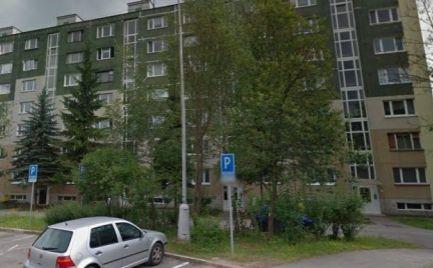 Byt 5 izbový byt s loggiou, 100 m2, B Bystrica,  - čiastočná rekonštrukcia – cena 121 000€