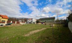 ASTER PREDAJ: Exkluzívny stavebný pozemok na RD, Stupava, 731m2