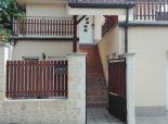 4 izb. bungalov v Grinave na súkromnej ceste, pozemok 800 m2.