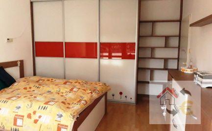 PREDANÉ v máji 2019 - Lukratívny 1 izbový byt 44 m2 s loggiou 5 m2 a garážou na Veselej ulici v Prešove