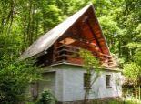 Útulná chatka JAVORINA v Pezinku v Kučišdorfskej doline