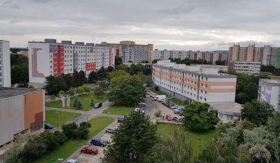 Hľadám pre reálnu klientku 2-3 izbový byt v Ba II, III, V