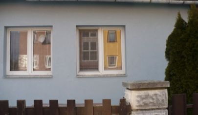 Vrútky dvojgeneračný rodinný dom vhodný na bývanie aj  podnikanie pozemok 1377 m2.okr.Martin