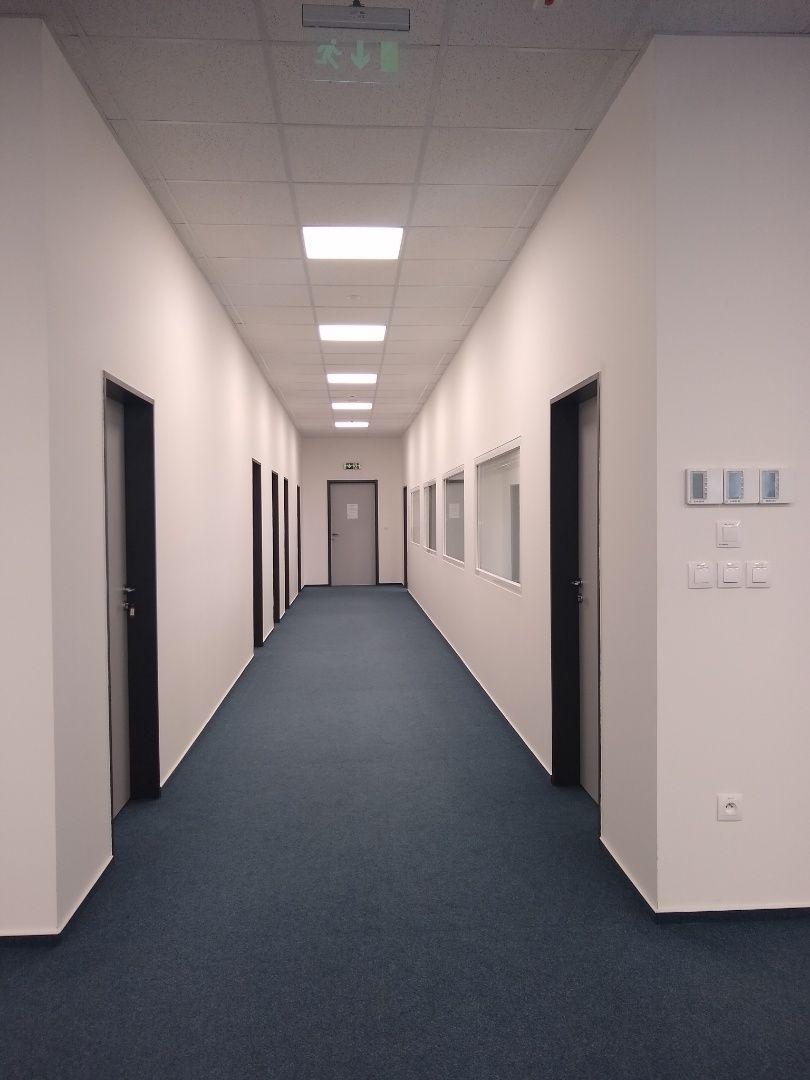 2f4329912 Ponúkame na prenájom OFICCE - kancelárske priestory v novostavbe v  medzinárodnej firme v Novej Dubnici.