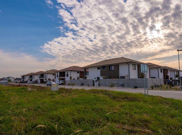 VEĽKÉ ÚĽANY, 4-i dom, 147 m2 – NOVOSTAVBA v novovznikajúcej štvrti, TEHLA, možnosť odkúpenia IHNEĎ