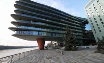 3-izbový luxusný byt v River Parku s parkingom pre náročných