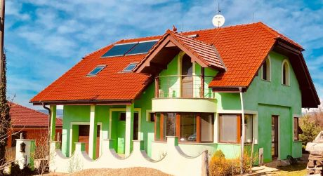 Na predaj Exkluzívny rodinný dom v tichej lokalite obce Machulince !