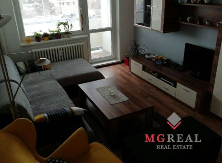 Znížená cena!!!Na predaj 3i zrekonštruovaný byt v Malackách