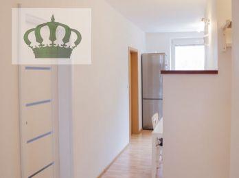 REZERVOVANÉ - Na predaj 3 izbový byt Sídlisko III. Vlada Clementisa