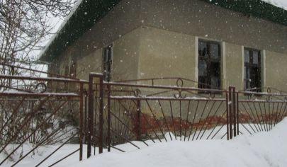 SLOVENSKÉ PRAVNO 2 izbový rodinný dom na poz. 1700m2, okr.Turč.Teplice