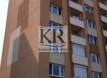 3 izbový byt po rekonštrukcii s garážou v Seredi na predaj