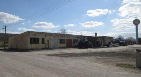 Na predaj murovaná budova - pôvodne garáže družstva, Krakovany okr. Piešťany