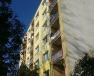 Predaj 2 izbový zrekonštruovaný byt s balkónom a záhradkou,  Kováčová