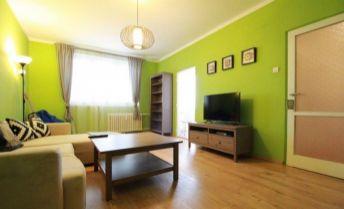 zariadený 2-izbový byt s balkónom - Ružinov BA