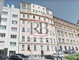 Tichý priestranný byt v blízkosti Hviezdoslavovho námestia, 83 m2