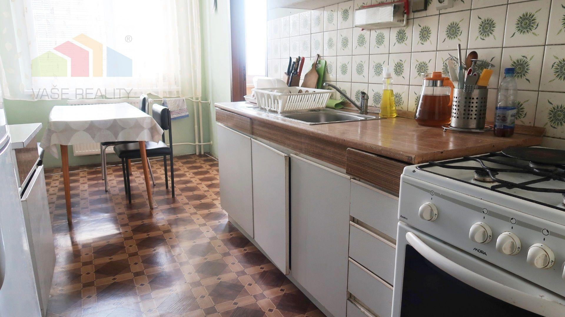 4-izbový byt-Predaj-Trenčín-114900.00 €