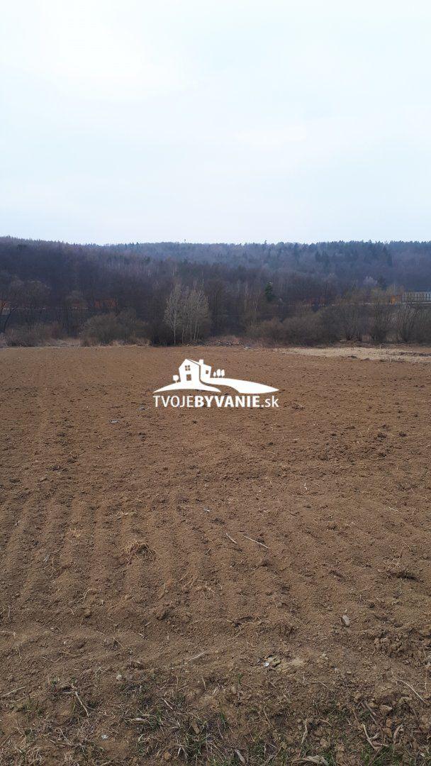 Pozemok pre bytovú vystavbu-Predaj-Chminianska Nová Ves-20.00 €