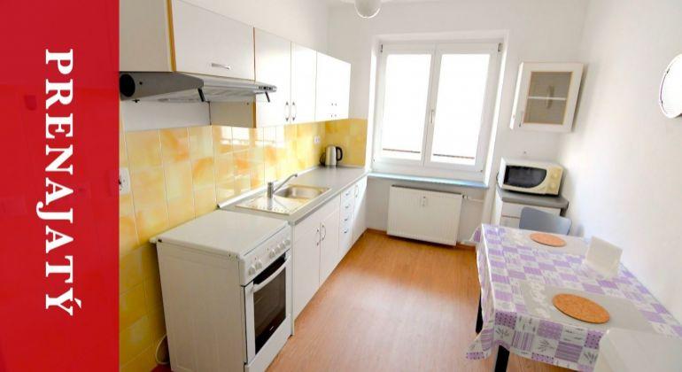 PRENAJATÉ: Prenájom 2i bytu v centre Žiliny s možnosťou parkovania
