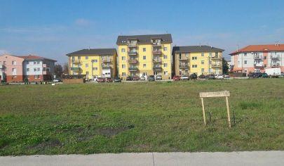 Hľadám 3 izb. byt do prenájmu pre konkrétnu klientku  na dobu 1,5 roka v lokalite  Senec- Ivanka pri Dunaji, Veľký Biel, Bernolákovo + okolie