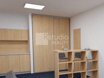 PRENÁJOM - Kancelárie s vlastným vstupom / Trnava Zavarská