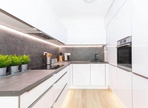 PREDANÝ - Na predaj slnečný 2 izbový byt orientovaný do tichého dvora v novostavbe Stein 2, BA I - Staré Mesto