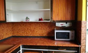 ZNIZENA CENA !!!  Predaj 4-izbový byt v Dúbravke Lysákova