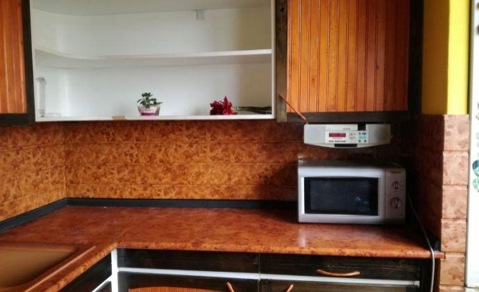Predaj 4-izbový byt v Dúbravke Lysákova
