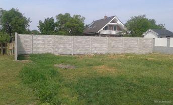 Na predaj stavebný  pozemok o výmere 800m2  v obci Blatné