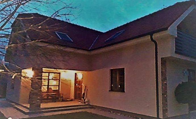 !!!  Predaj  krasnej novostavby 5. izb. rodinného domu na 12á pozemku v Modre