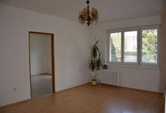 EXKLUZÍVNE! Predaj 2 izbový byt, 50 m2, ul. Partizánska, Handlová