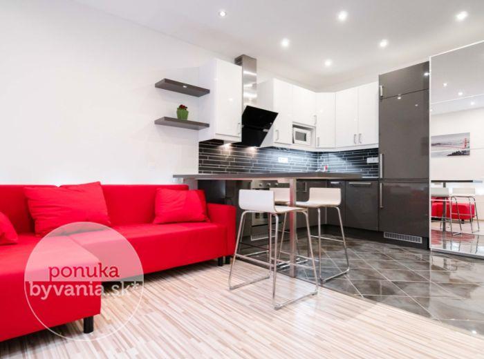REZERVOVANÉ - PRI STAREJ PRACHÁRNI, 1,5-i byt, 42 m2 - KROK OD CENTRA, kompletná rekonštrukcia, IHNEĎ VOĽNÝ