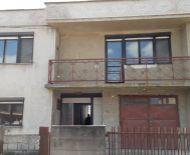 DIAMOND HOME s.r.o  Vám ponúka na predaj 6 izbový rodinný dom v Doľnom Štáli.