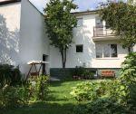 Dvojpodlažný rodinný dom 5+1, pozemok 389 m2, Beckov