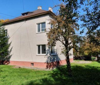 Dvojgeneračný rodinný dom 284m2, Košeca, okr. Ilava