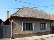 REALITY COMFORT -  rodinný dom v Prievidzi k rekonštrukcii + služby architekta GRATIS