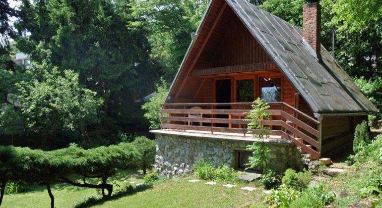 Rekreačná chata v Modre Harmónii v tichom prostredí