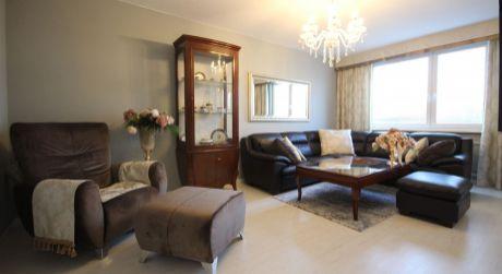 Vkusne zariadený 3 izbový byt v jemnom rustikálnom štýle.
