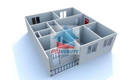 BÁNOVCE NAD BEBRAVOU- 4 izbový byt / DUBNIČKA / pôvodný stav