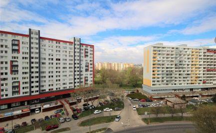 PREDAJ - pekný zrekonštruovaný 2i byt vo výbornej lokalite v Petržalke, BA V.
