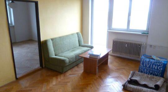 Na predaj 3 izbový byt Lučenec s balkónom, výťahom