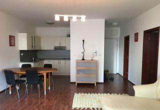 Priestranný 2 izbový byt na prenájom v KOLOSEU