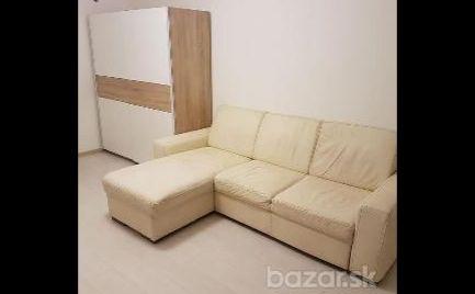 Na prenájom 1 izbový byt s veľkou loggiou Landauova ul. Dúbravka