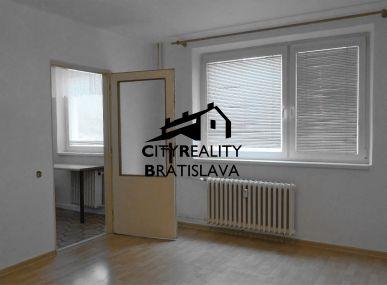 Centrum Šamorína Prenájom 1 izbový byt po kompletnej rekonštrukcii