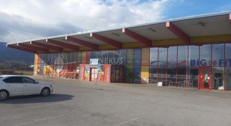 Samostatné obchodné priestory s parkoviskom - Martin