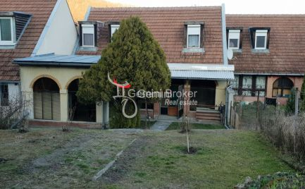 GEMINIBROKER Vám ponúka pekný rodinný dom v obci Hollóháza