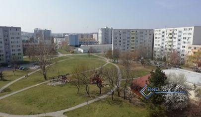 !PRENAJATÉ! 2 - izb. byt na Chrenovej s 2 balkónmi