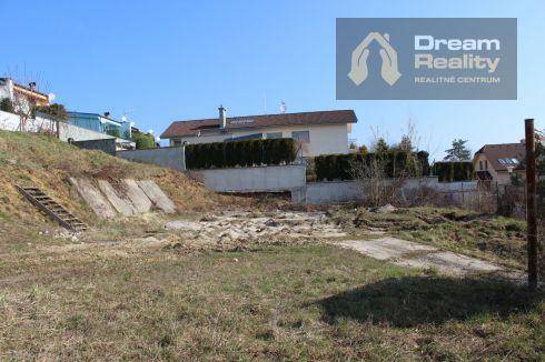Predaj - stavebný pozemok