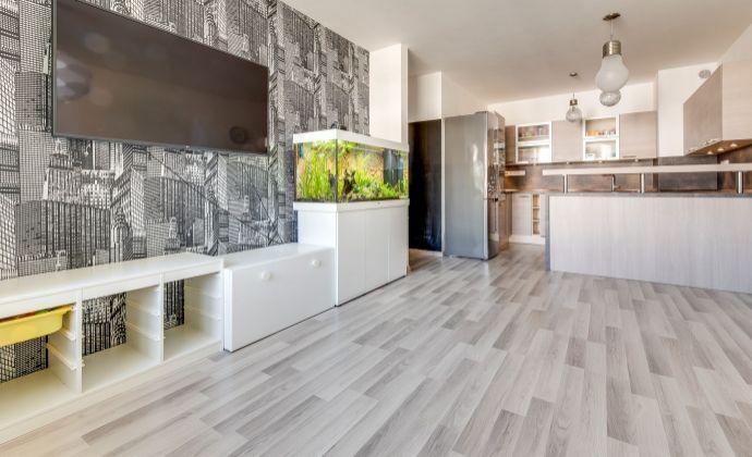 2 izb byt, novostavba, kompletne zariadený, garažové státie,pivnica.