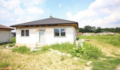 SORTier s.r.o.: priestranná novostavba 4 izbového rodinného domu v Malých Levároch